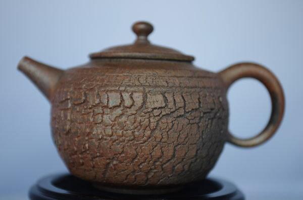 張國森 金銀彩 菠蘿裂紋壺 (台灣手拉坯柴燒) 320cc