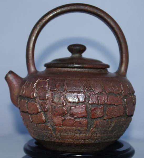 張國森 菠蘿裂紋 提樑壺 (台灣手拉坯柴燒) 520cc