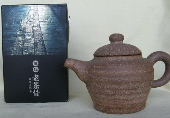 ★八六年勐海茶廠老茶骨